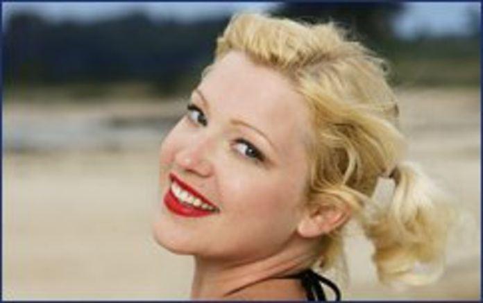 Jessica Kiper Exclusive Jessica Sugar Kiper talks about Survivor Gabon