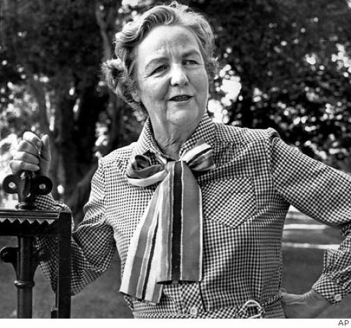Jessica Mitford The Shift From Burials To Cremation In Western Culture