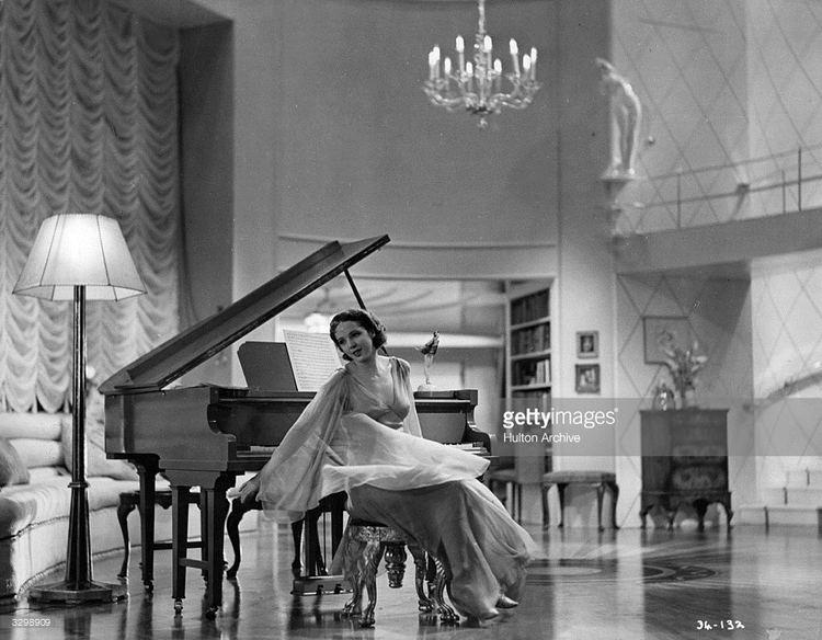 Jessie Matthews British actress Jessie Matthews 1907 1981 wearing a romantic