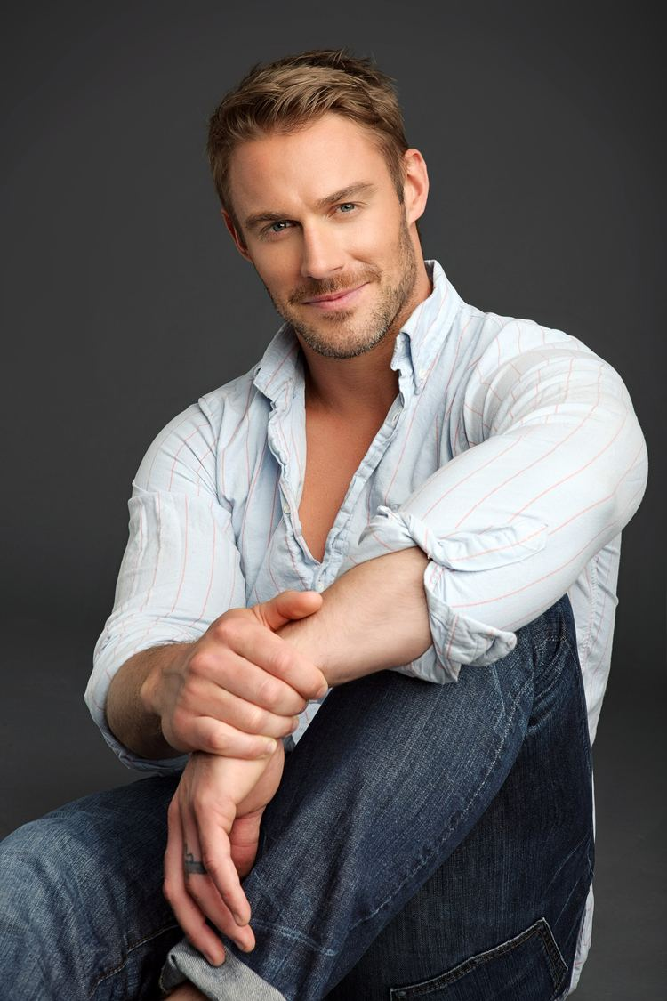 Jessie Pavelka Biggest Loser USA Trainer in UK Supporting Obesity Charity