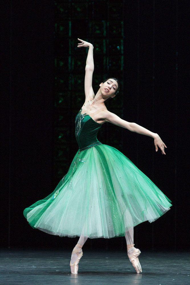 Jewels (ballet) Bolshoi Ballet Jewels Emeralds Rubies Diamonds London DanceTabs