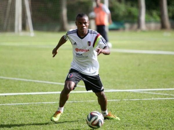 Jhon Murillo Oficial Jhon Murillo a caminho do Benfica Clube Manager