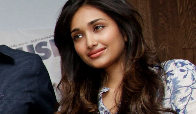 Jiah Khan Bollywood Star Committed Suicide After Massive Guilt
