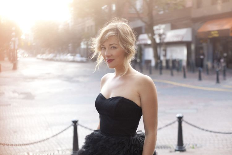 Jill Barber The Sound of Paris Rather Luvly