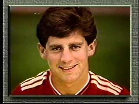 Jim Beglin Jim Beglin leg break tackle January 1987 YouTube