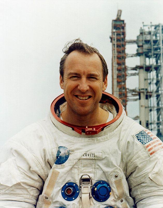 Jim Lovell httpsuploadwikimediaorgwikipediacommons55