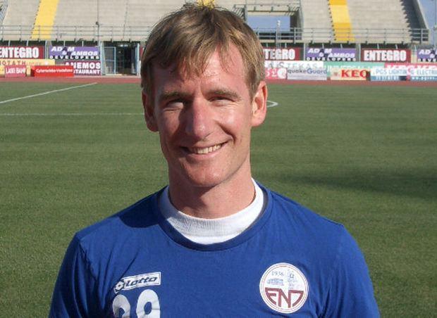 Jimmy De Wulf Jimmy De Wulf verlengt zijn contract in Cyprus Voetbal