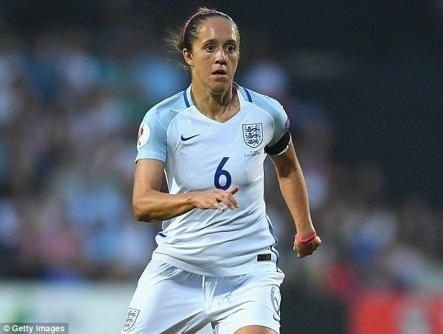 Jo Potter England and Notts County midfielder Jo Potter subjected to sexist