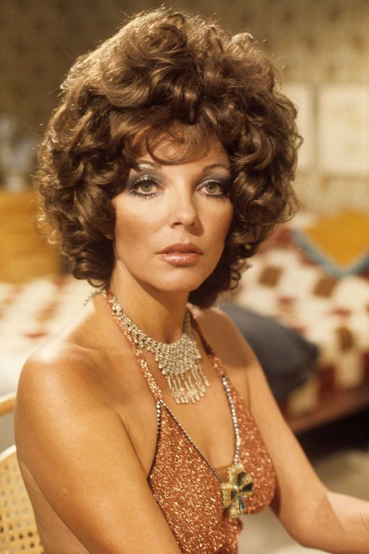 Joan Collins Dame Joan Collins Style hair amp beauty In pictures