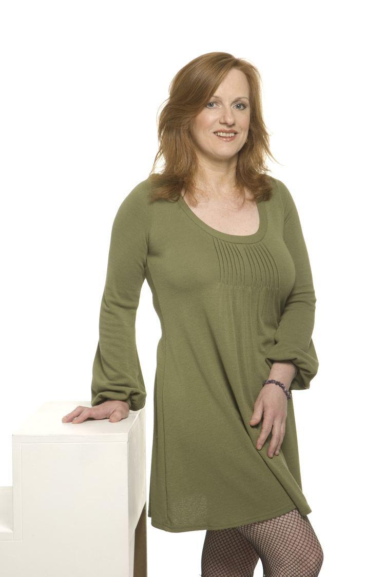 Joan McAlpine Go Lassie Go Articles on Joan McAlpine