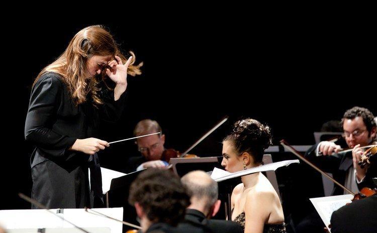 Joana Carneiro Berkeley Symphony with Joana Carneiro Music Director YouTube