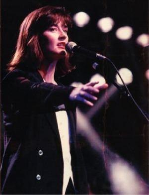 Joanne Hogg wwwmusicaldiscoveriescomimagesjhph1jpg