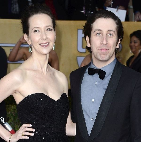 Jocelyn Towne Simon Helberg Gets Together With His Real Life Wife