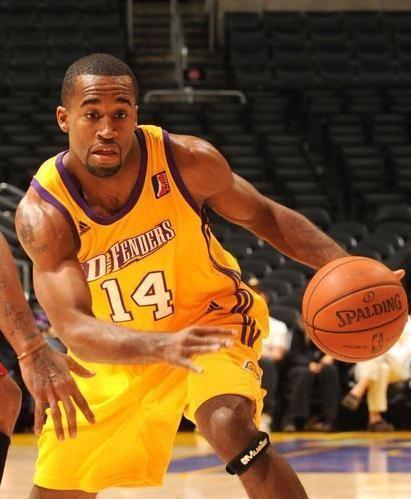 Joe Crawford (basketball) Joe Crawford39s NBA Dream is Alive and Well