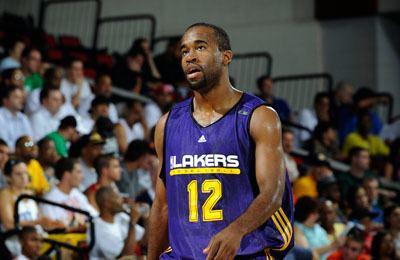 Joe Crawford (basketball) LAKERS SIGN JOE CRAWFORD THE OFFICIAL SITE OF THE LOS