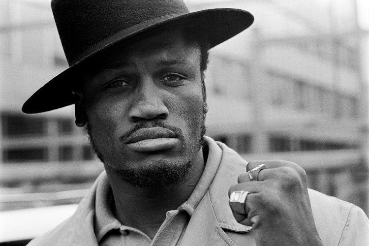 Joe Frazier The day I put Smokin39 Joe Frazier on the floor Frank Warren