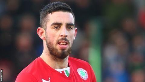 Joe Gormley (footballer) Peterborough United Joe Gormley sidelined by serious knee injury