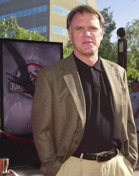 Joe Johnston Joe Johnston Defends Captain America 3D Comic Vine
