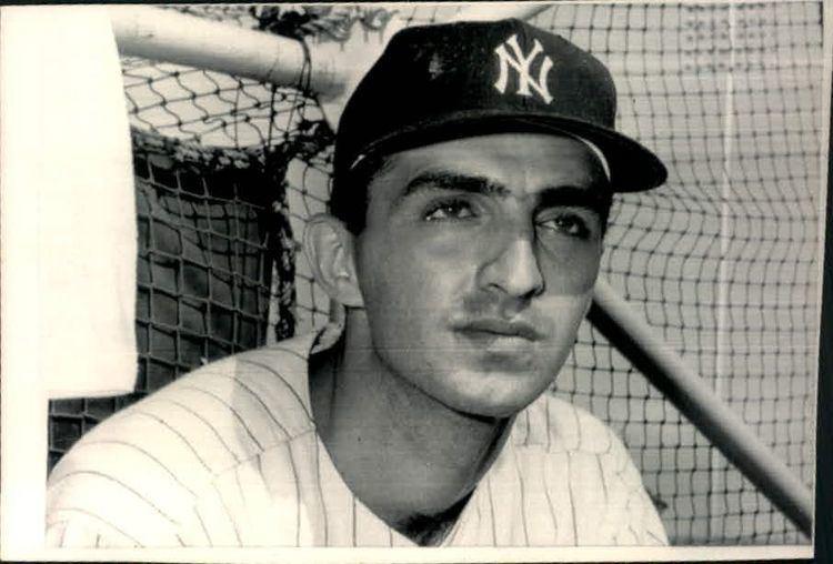 Joe Pepitone Lot Detail 196389 Joe Pepitone New York Yankees Chicago
