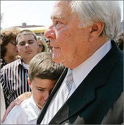 Joe Salvati iusatodaynetnewsphotos20070726mobsalvati