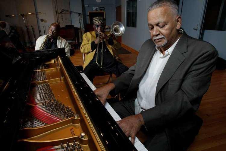 Joe Sample Pianist Joe Sample also a prolific composer dies at 75 Houston