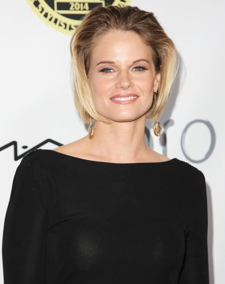 Joelle Carter Joelle Carter Picture 14 The Annual MakeUp Artists and