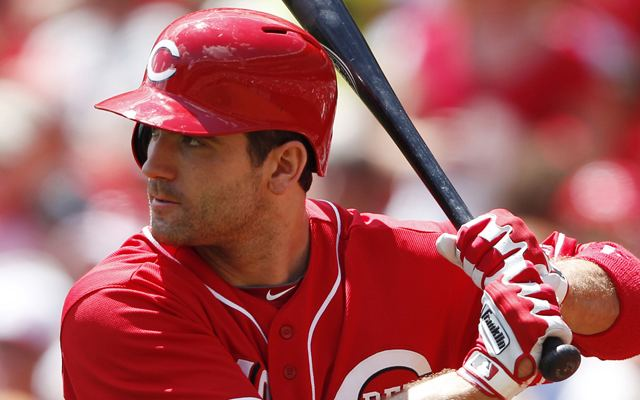 Joey Votto Reds want Joey Votto to alter approach but only slightly