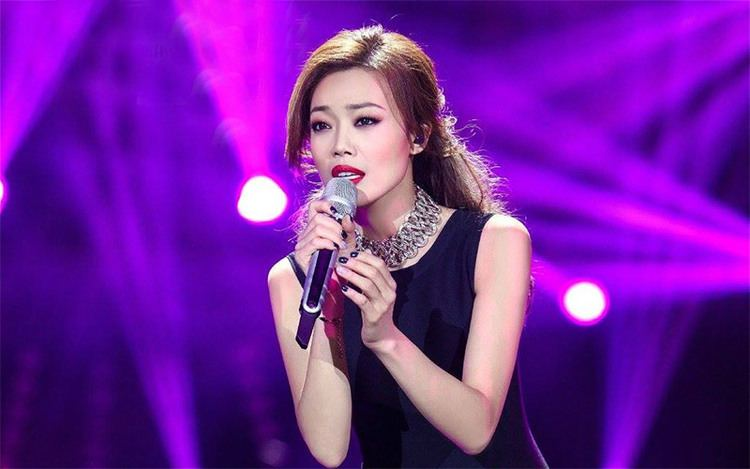 Joey Yung I Am A Singer 4 Round 7 Queen of Cantopop Joey Yung heats up