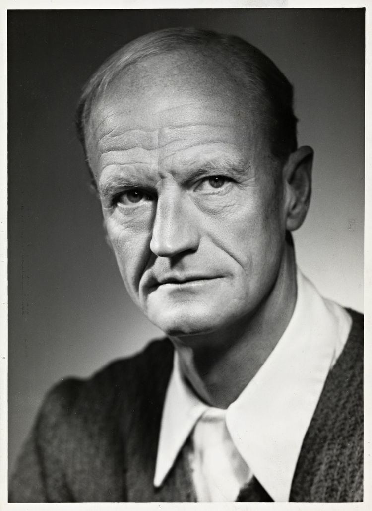 Johan Borgen httpsuploadwikimediaorgwikipediacommonsthu