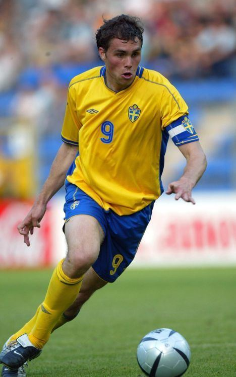 Johan Elmander Bolton splash out club record 12m for Sweden striker Johan Elmander