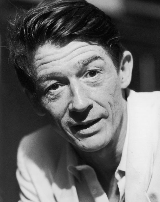 John Hurt John Hurt dead Tributes paid to star of Elephant Man Alien and