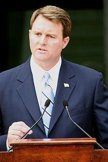 John L. Brownlee httpsuploadwikimediaorgwikipediaenthumb8