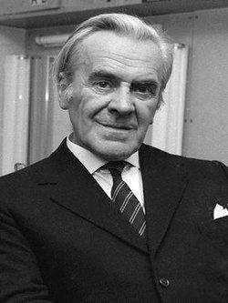 John Le Mesurier httpsuploadwikimediaorgwikipediaenthumbe
