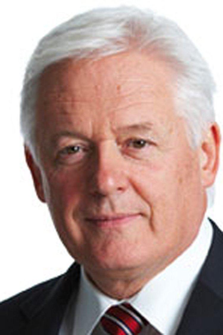 John McFarlane Barclays Bank names McFarlane as new chairman BBC News