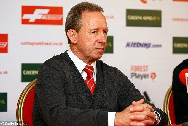 John McGovern (footballer) Neil Warnock accused of racism by Nottingham Forest