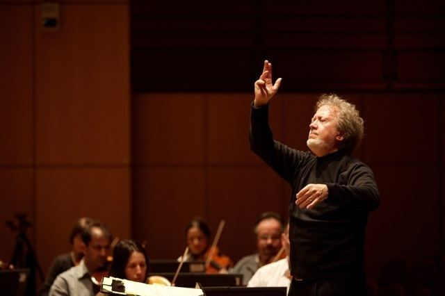 John Nelson (conductor) John Nelson