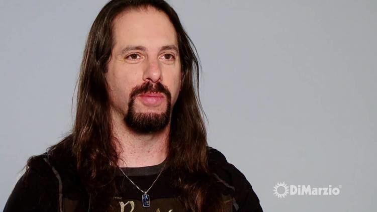 John Petrucci John Petrucci and his DiMarzio Pickups YouTube