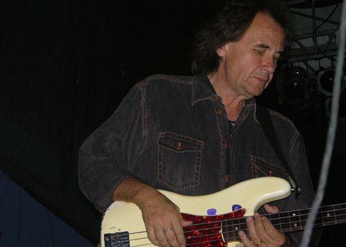John Regan (bassist) wwwdahoovsplacecomEventsConcertsPeterFrampton