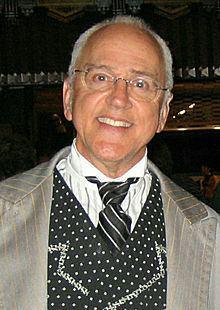 John Rubinstein httpsuploadwikimediaorgwikipediacommonsthu