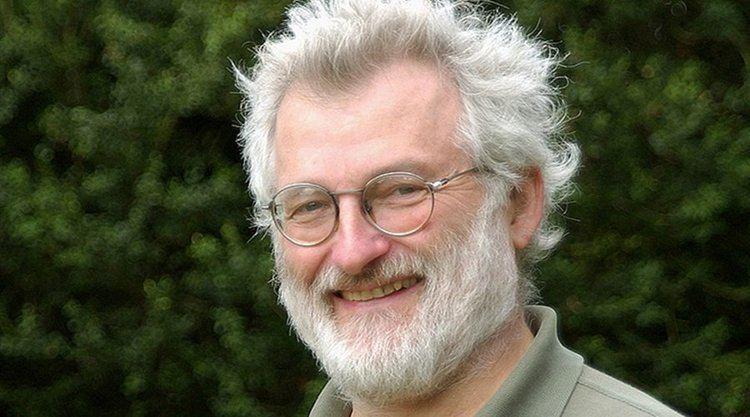 John Sulston Giants in genomics John Sulston Stories yourgenomeorg