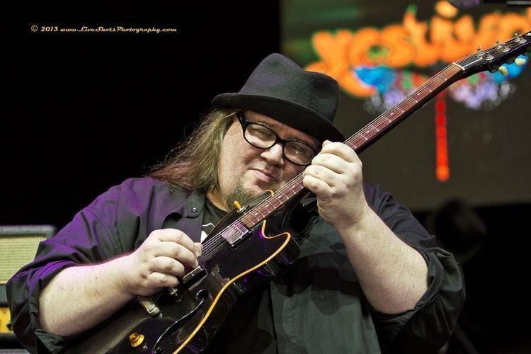 John Ziegler (guitarist) midliferockerfileswordpresscom201308zeegsjpg