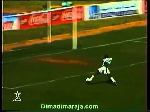 Jonas Ogandaga Jonas Ogandaga Ligue des Champions 1998 YouTube