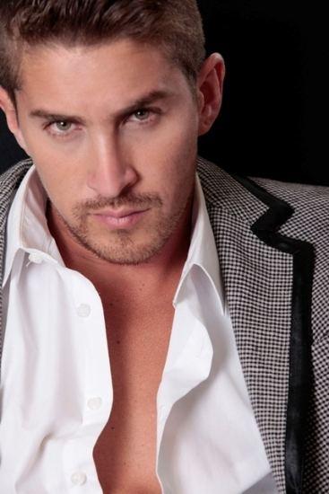 Jonathan Islas Jonathan Islas on dramafever Check it out Telenovelas