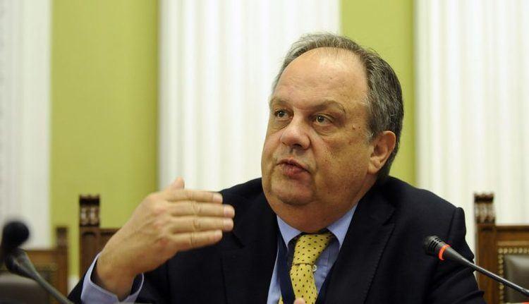 João Soares (politician) Se o presidente do CCB no sair Joo Soares demiteo na segunda