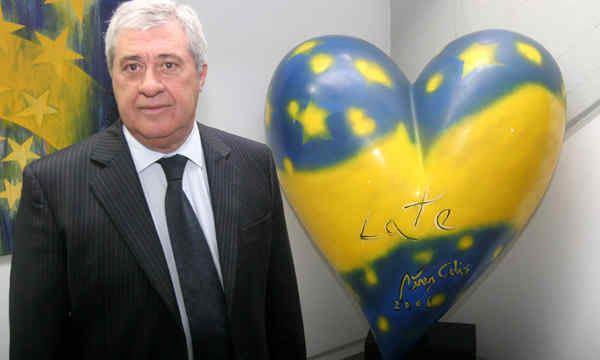 Jorge Amor Ameal Amor Ameal frena su lanzamiento en Boca Da a Da