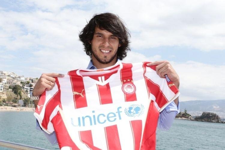 Jorge Benitez Jorge Bentez signs for Olympiacos Olympiacosorg