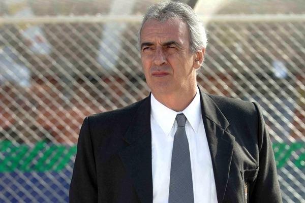 Jorge Fossati Jorge Fossati dej de ser tcnico de Internacional de
