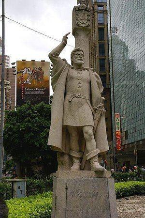 Jorge Álvares Jorge Alvares Monument Macau China Top Tips Before You Go