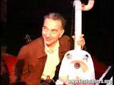 Jorge Maronna Les Luthiers Jorge Maronna afinando las cuerdas YouTube