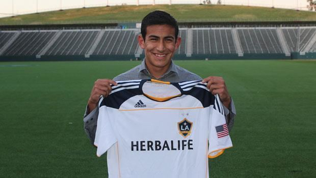 Jose Villarreal (soccer) LA Galaxy sign Jose Villarreal as Homegrown Player LA Galaxy